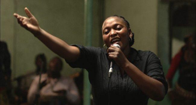 Félicité, chanteuse à Kinshasa