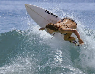 just-go-fucking-surfing-by-les-ecrans-terribles